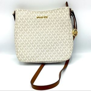 Michael Kors Vanilla Travel Messenger Bag NWT
